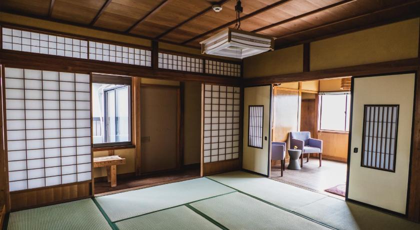 BEST HOSTELS IN JAPAN: Kian