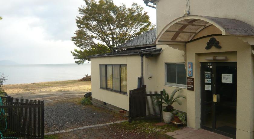 BEST HOSTELS IN JAPAN: Youth Hostel Wanihama Seinen Kaikan