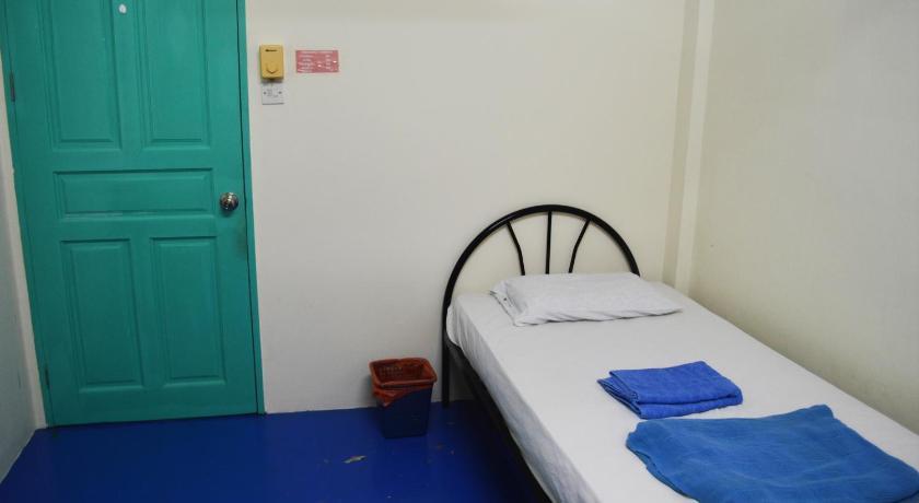TOP HOSTELS IN BRUNEI: Millennium Male Hostel